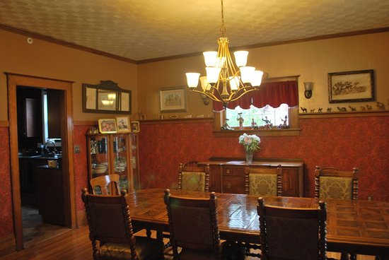 Residence Hill Bed & Breakfast: Dining Room