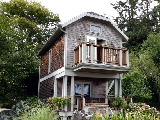 China Beach Retreat: Audubon Cottage