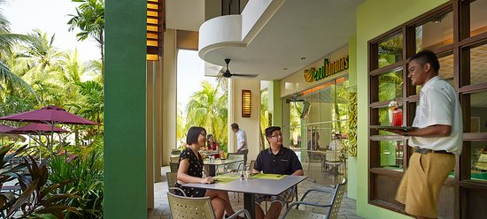 PARKROYAL Penang Resort, Malaysia: Located near to our family pool, Cool Bananas provides a family-friendly setting for parents and
