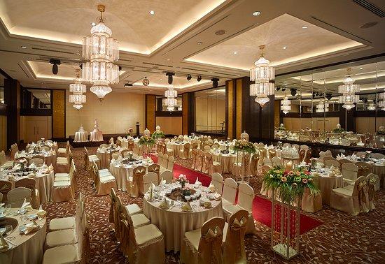 PARKROYAL Penang Resort, Malaysia: Indoor wedding reception at our Andaman Grand Ballroom