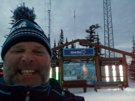 Silver Star  SameSun Ski Lodge: Papa John