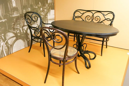 Provincial Museum Of The Central Rhineland (Landesmuseum Mainz): Mr  Thonetu0027s Bentwood Furniture