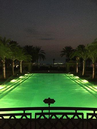Residence & Spa at One&Only Royal Mirage Dubai: Pool at night