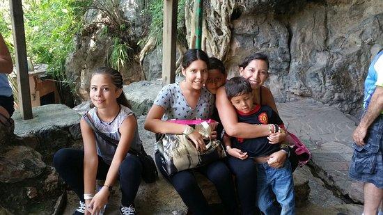 Parque Nacional Grutas de Cacahuamilpa: 20160802_140937_large.jpg