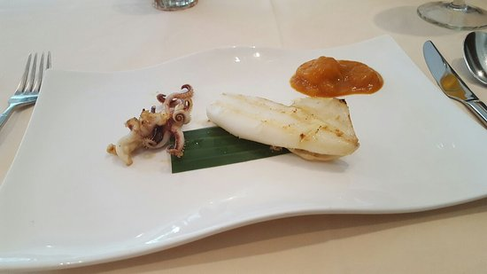 Bangkok: Calamaretti vom Grill mit Mangochutney