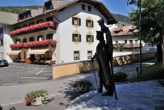 Hotel Urthaler: vista esterna
