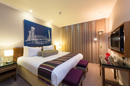 Townhouse Hotel Manchester: Suite Bedroom