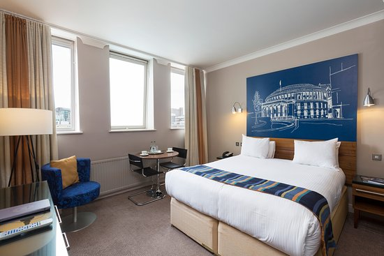 Townhouse Hotel Manchester: Relax & Unwind