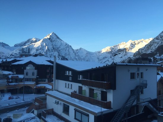 Residence Le Cortina : Morning view from the room