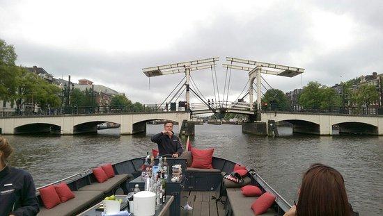 friendship amsterdam