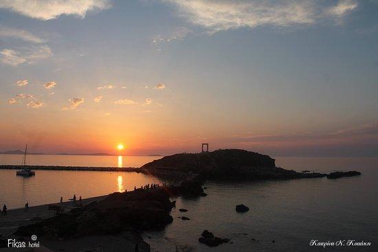 Fikas Hotel: Ο Ναός του Απόλλωνα!