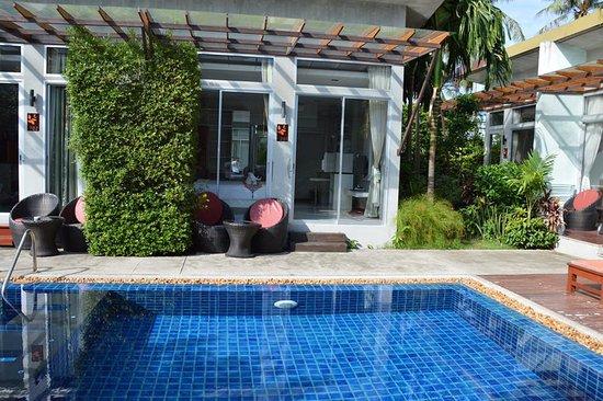 Phu NaNa Boutique Hotel: vue de la chambre sur chambre en face