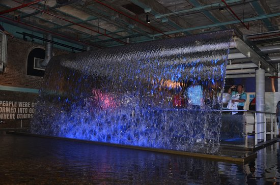 Indoor waterfall - Picture of Guinness Storehouse, Dublin ...