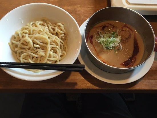 Takahama, ญี่ปุ่น: 担々つけ麺