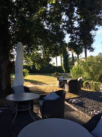 Saint-Loubes, Francia: Lovely stay in La Villa d'O