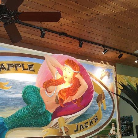 Jensen Beach, FL: Pineapple Jacks