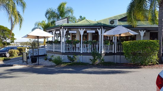 Springwood, Australia: home of the pantry
