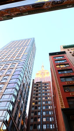Hampton Inn Manhattan - Madison Square Garden Area: vue du coin de la rue de l'hotel