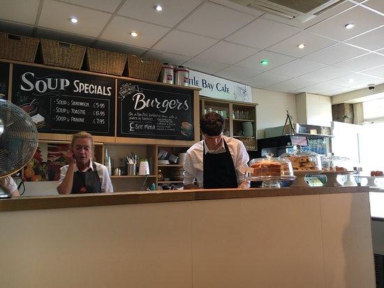 Little Bay Cafe: Very friendly staff!