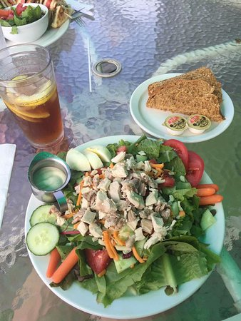 Bear River, Canada: Chef Salad with homemade brown bread