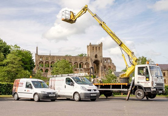 Revealed Facts About A Cherry Picker Hire