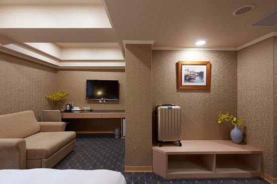 Good Life Hotel (Shuangcheng Street)