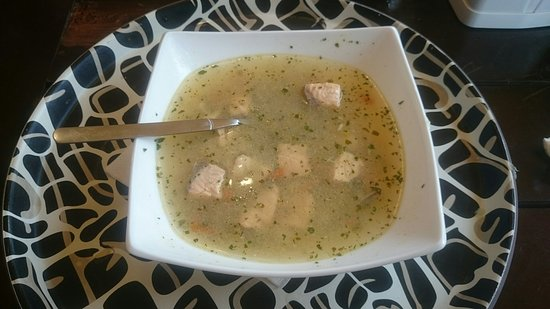 דז'ווירז'ינו, פולין: Smaczna zupa rybna, ale kubki smakowe aż tak nie pękają z zachwytu. Ale i tak smaczne :)