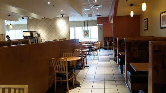 Seating Area for Panera Amherst, OH