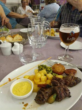 Restaurant le plat d 39 etain dans brou avec cuisine for Plat cuisine francaise