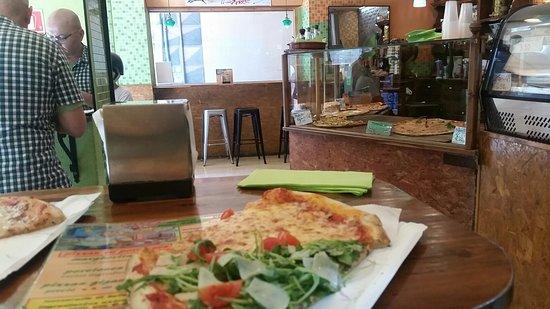 La Pizza Pazza: 20160803_150845_large.jpg
