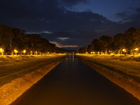 Pirot riverside at night