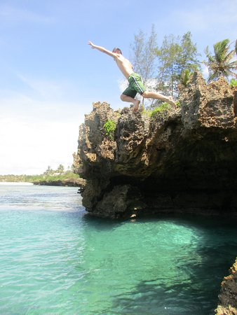 Sand Island Beach Cottages : snorkeling options in the area