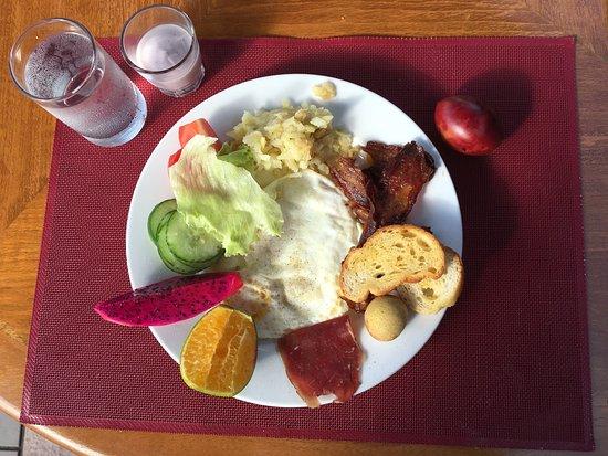 Ayodya Resort Bali: breakfast