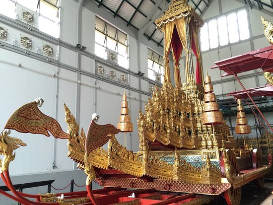 Siwamokkhaphiman Halls Gallery of Thai History - Picture of The National...