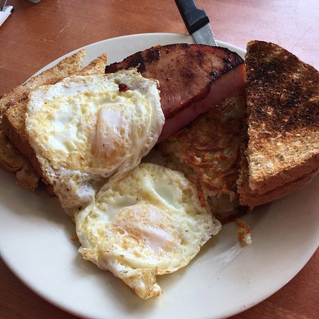 Cannon Falls, MN: American All-Day (2 eggs, meat, hashbrowns and toast)