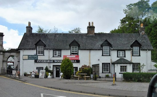 The Inveraray Inn: View from the tour bus