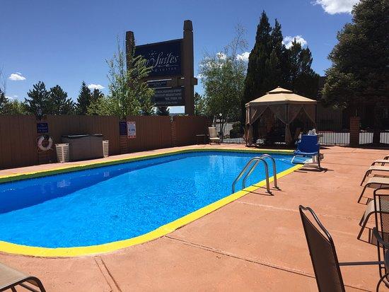 Hotel Aspen InnSuites Flagstaff / Grand Canyon: Pool