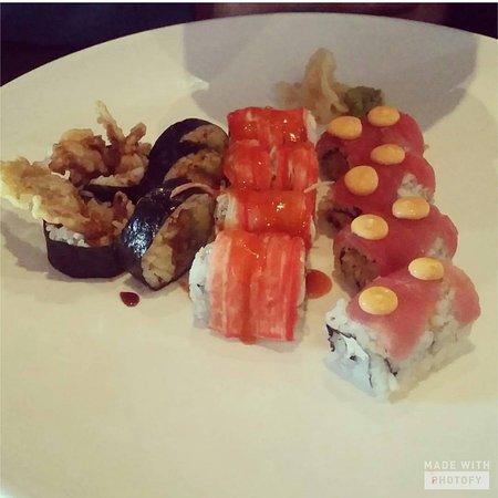 NU Asian Bistro Sushi & Bar: Sushi Lunch