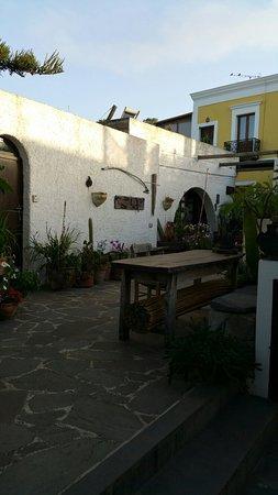 La Lampara Stromboli: 20160713_191644_large.jpg