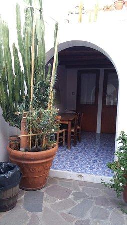 La Lampara Stromboli: 20160713_191722_large.jpg