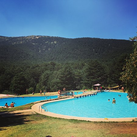 Parque recreativo las berceas cercedilla spanien omd men for Piscinas cercedilla