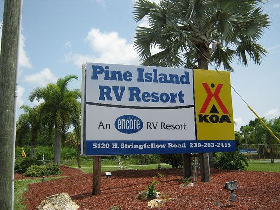 KOA Fort Myers / Pine Island: RV Resort Entrance