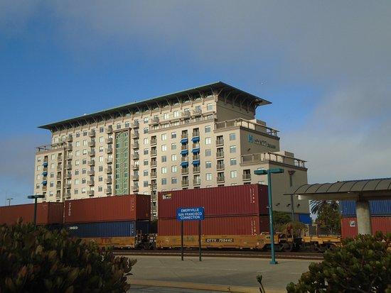 Emeryville Casino Information