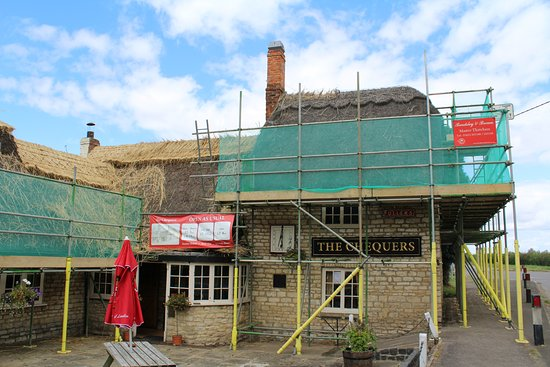 The Chequers Inn: The Chequers being re-roofed