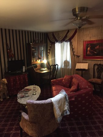 Inn at 410 Bed and Breakfast: photo1.jpg