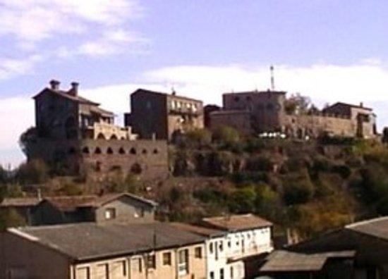 Puig-reig, Espanha: вид на замок
