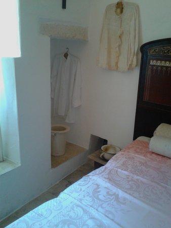 Camera da letto padronale - Picture of Trullo Sovrano, Alberobello ...