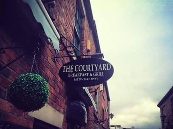 The Courtyard: Outdoor sign