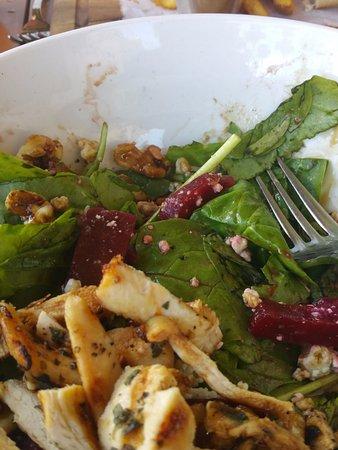 Cassariano Italian Eatery: Beet Salad