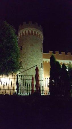 Pietradefusi, Ιταλία: 20160802_232434_large.jpg
